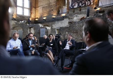 Blogger im Gespräch mit Umweltministerin Barbara Hendriks