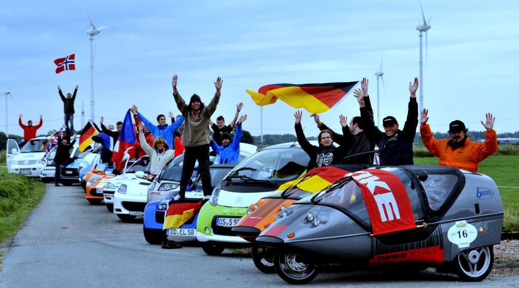 Freude über den Sieg bei der WAVE 2012. Let's TWIKE!