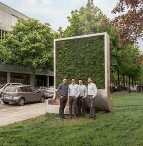 Die Gründer der Green City Solution vor dem CityTree