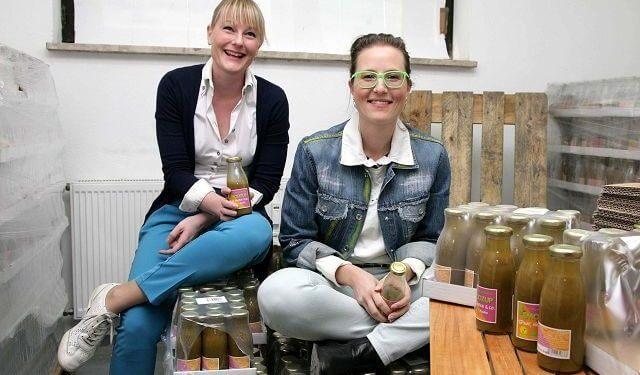 SMOOZUP Gründerinnen Nadine und Nicole Tippelt
