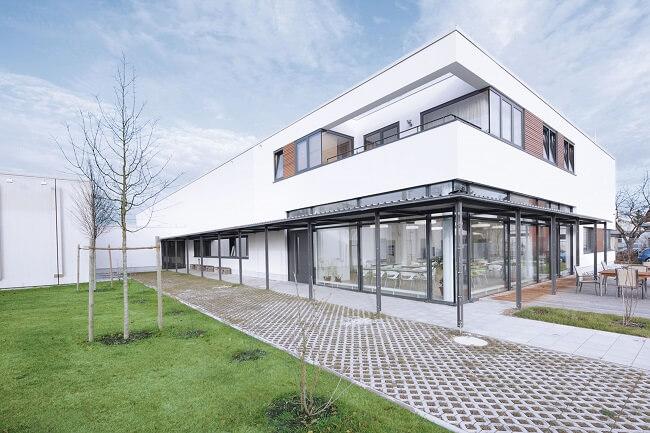 ELWA - Firmenzentrale in Maisach, München