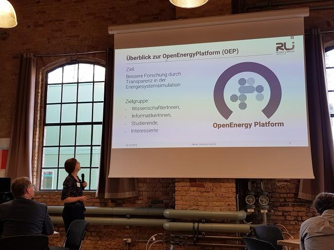 Vorstellung der Open Energy Plattform durch Editha Kötter, Reiner Lemoine Institut