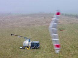 EnerKite Flugwindkraftanlagen ernten grünen Strom aus über 300 Metern Höhe
