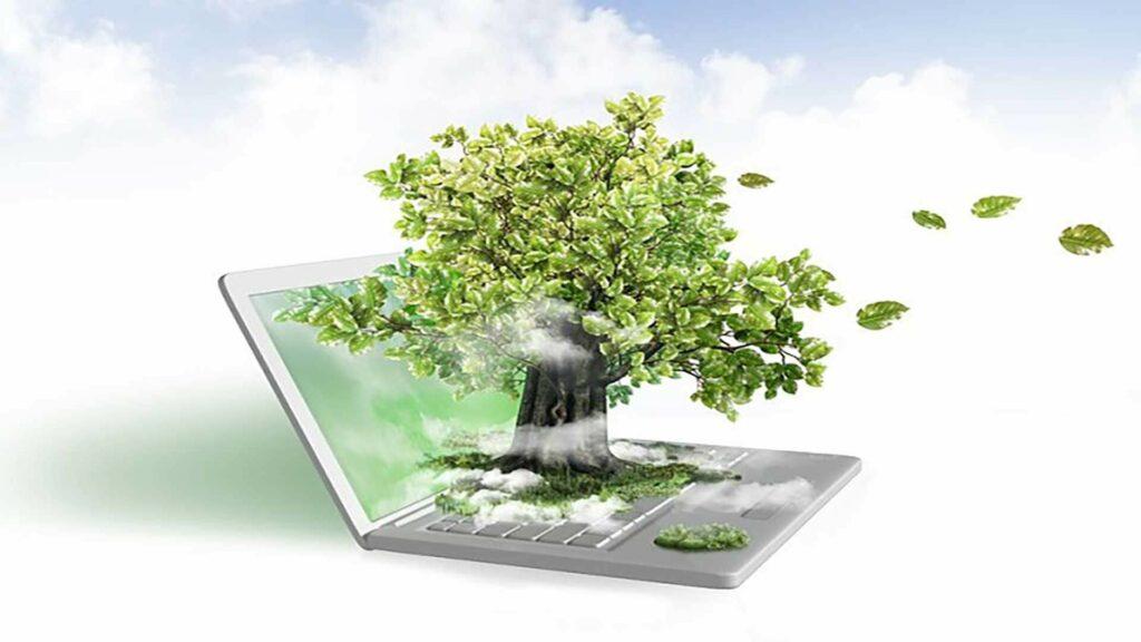 Technewable - Laptop mit Baum steht für grüne und umweltfreundliche Service Angebote